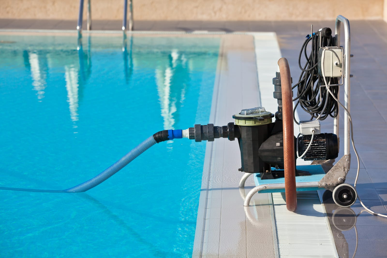14 Best Pool Pumps for the Money in 2019 - In Swim
